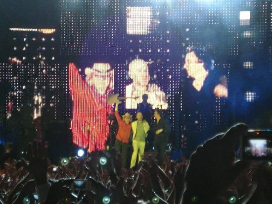 A Banda R.E.M. Anuncia Seu Fim Após 31 Anos De Carreira 04