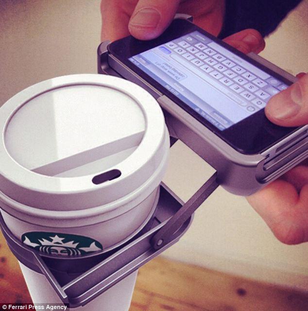 Empresa Holandesa Cria Suporte Para iPhone e Deixa Amantes De Café Animados