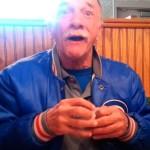 A emocionante reação de um homem ao descobrir que vai ser avô