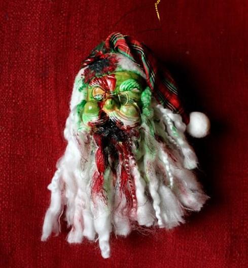 12 Enfeites bizarros que vão acabar com clima natalino