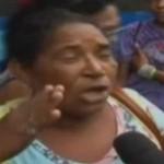 É mais de 300 reais – Tia do Bolsa Família vira Versão Autotune
