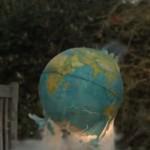 The Slow Mo Guys destruindo o planeta