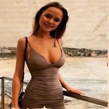 Mendigo convida garota rica para um encontro