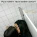 O verdadeiro motivo de as mulheres irem ao banheiro juntas finalmente foi revelado